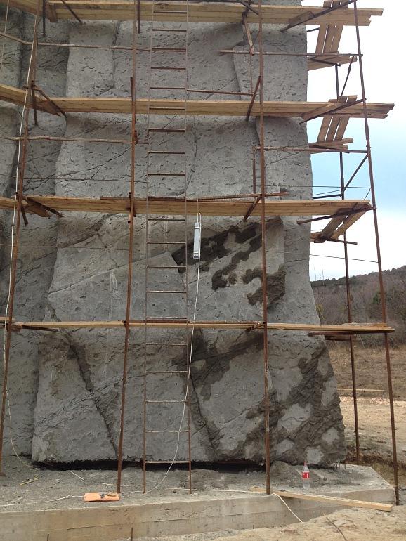 """Строительство скалодрома в детском лагере """"Горный"""", Байдарская долина, Крым, Россия, Фото 18."""