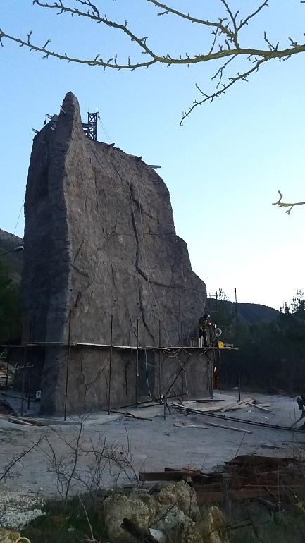 """Строительство скалодрома в детском лагере """"Горный"""", Байдарская долина, Крым, Россия, Фото 30."""
